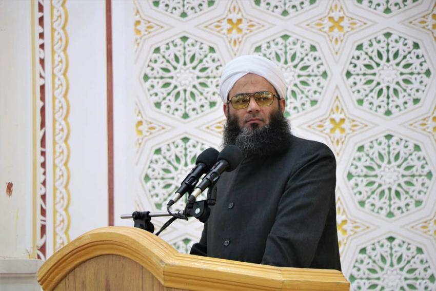 هدف اصلی همایش دانشآموختگی، جمعکردن مردم برای عظمت قرآن و عظمت صحیح بخاری است.